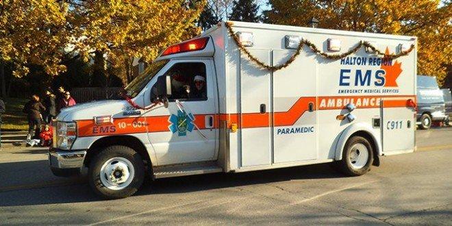christmas_ambulance