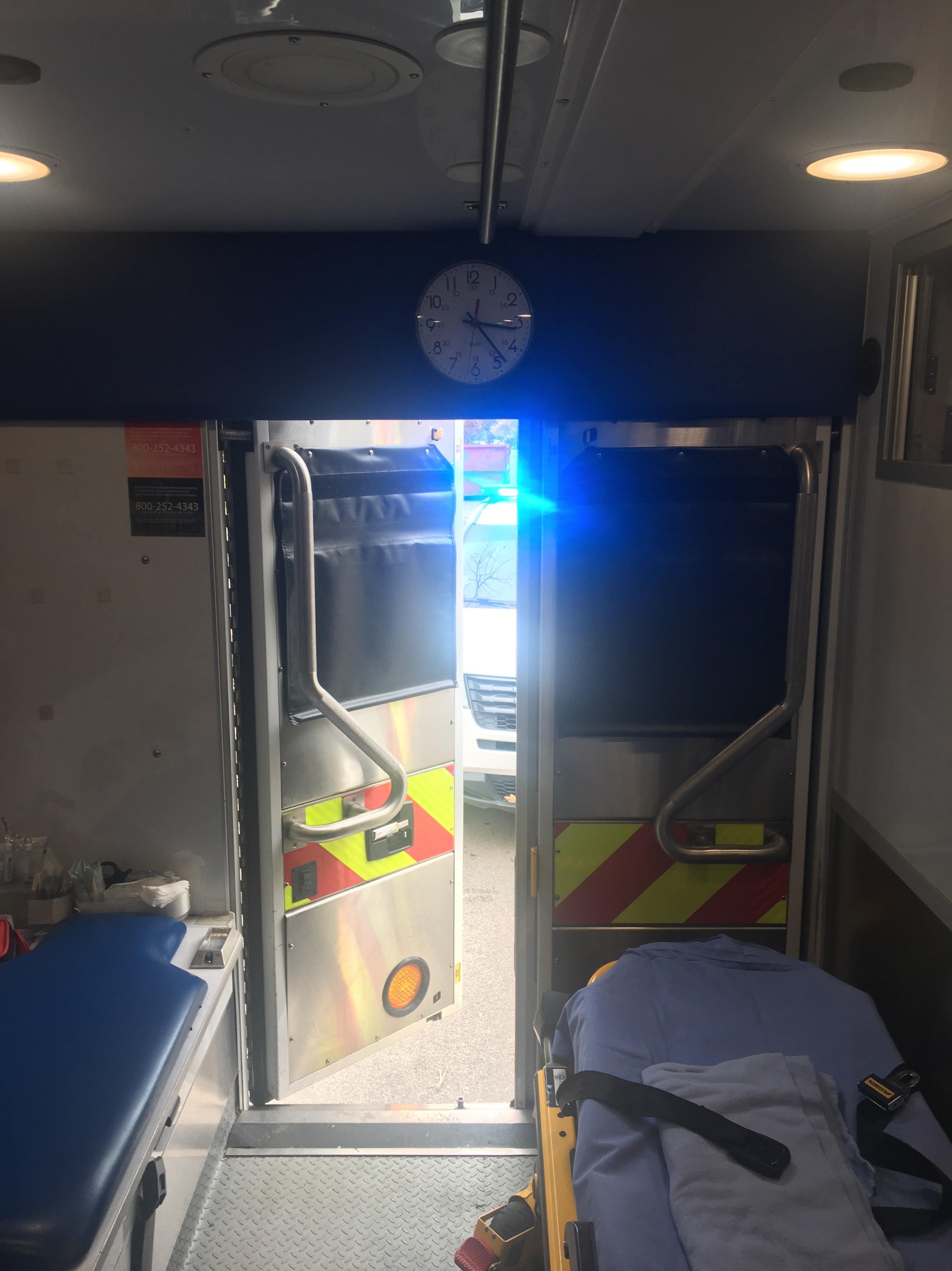 IMG 4077 1 L' Ambulancier : le site de référence Immersion chez les EMS Paramedic aux USA - Les images