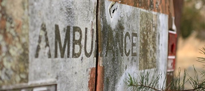ambulance epave 1 L' Ambulancier : le site de référence Secours à personnes, les véhicules prioritaires encore au cœur du débat
