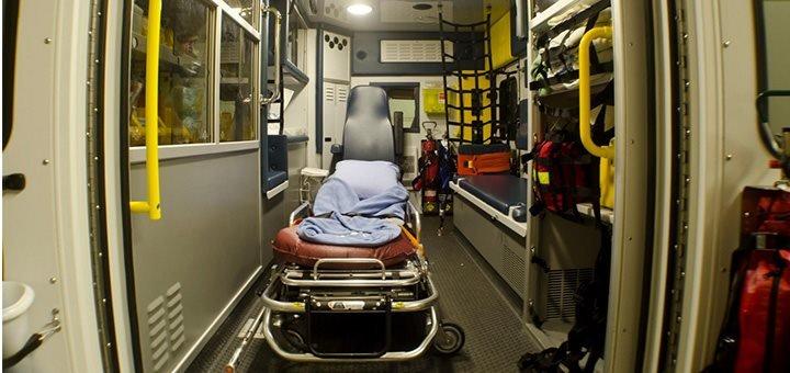 interieur ambulance L' Ambulancier : le site de référence Bref j'ai réalisé mon premier accouchement inopiné...