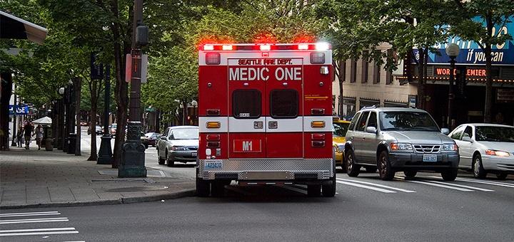 ambulance et paramedic - secours aux usa