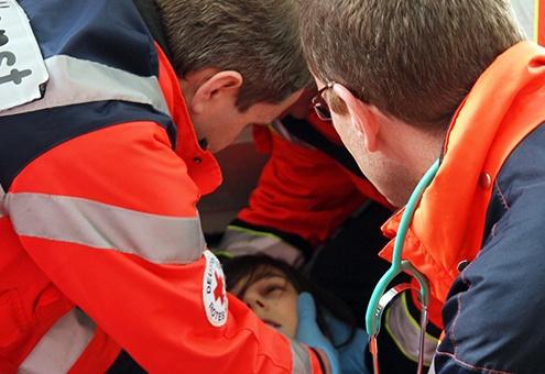 paramedix 29 L' Ambulancier : le site de référence Ambulance, le brancard et le sens inverse