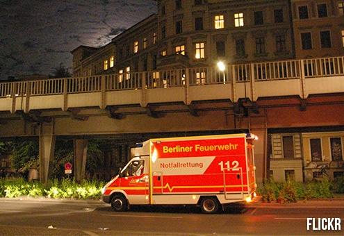 paramedix 4 L' Ambulancier : le site de référence Ambulance, le brancard et le sens inverse