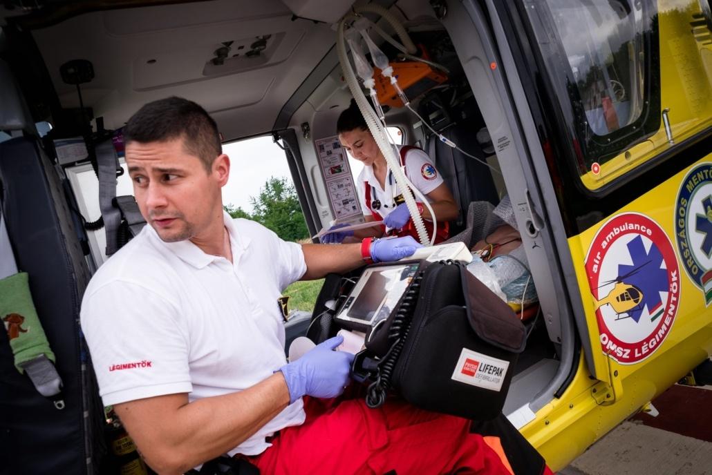 mentohelikopter11 L' Ambulancier : le site de référence Auxiliaire ambulancier