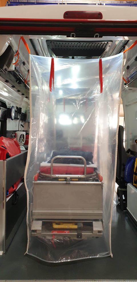91216654 527471338185006 6847482908521791488 n L' Ambulancier : le site de référence Covid 19 et caisson de protection pour brancard de l'ambulance